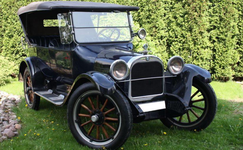 XX a. pradžioje pasirodė nauja transporto priemonė — automobilis.